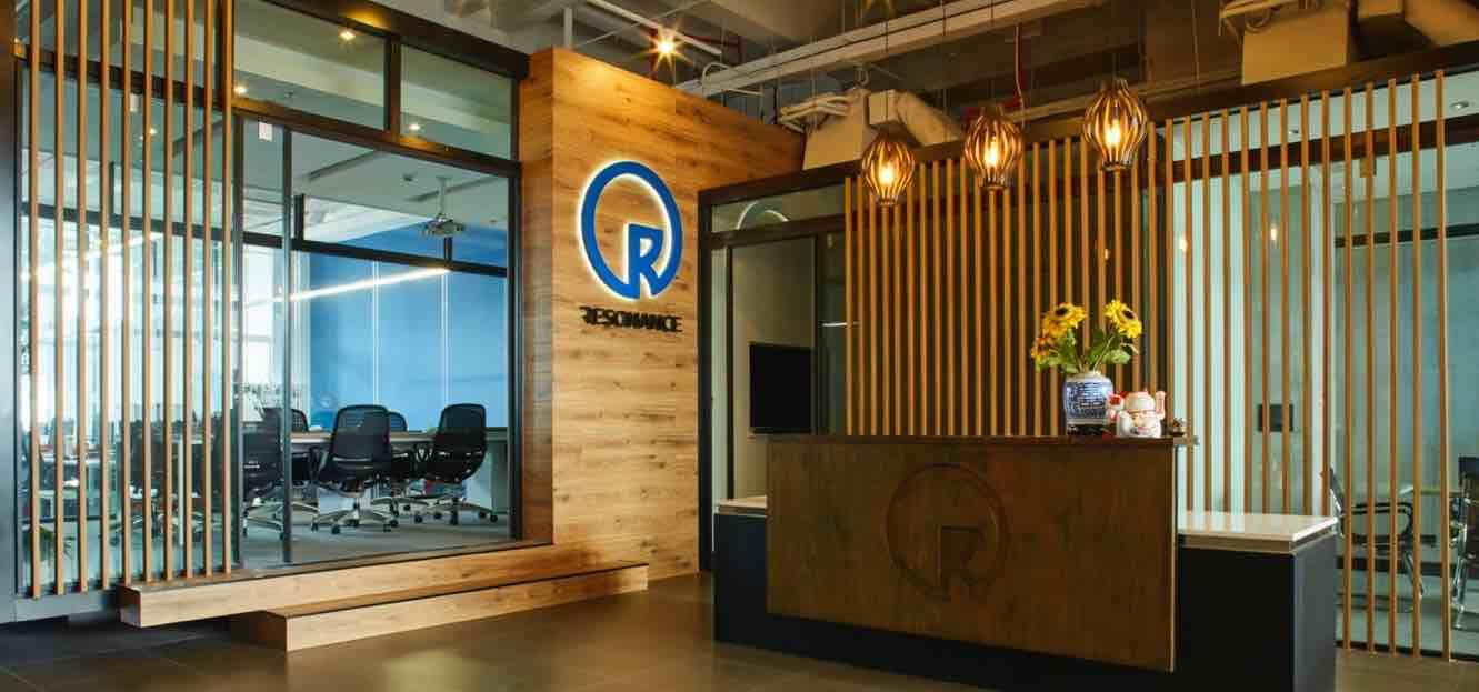 resonance_office4